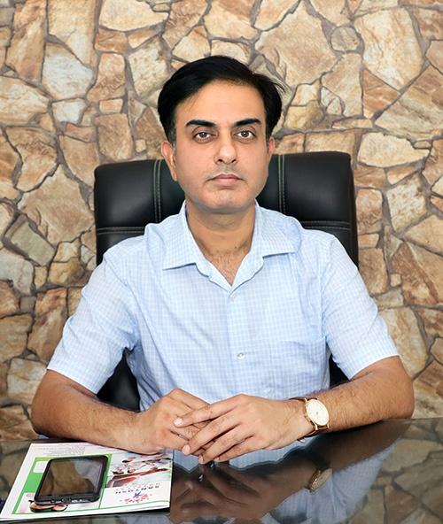 Dr. Naveen Juneja